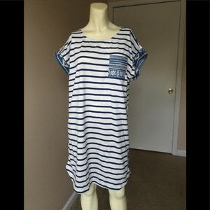 🌧4/$25🌧 YA T-shirt Dress